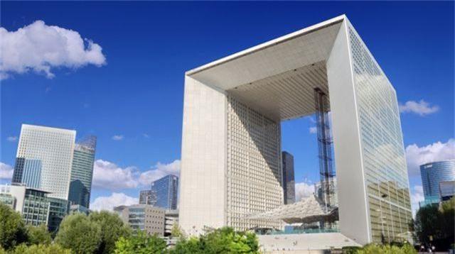 Chiêm ngưỡng những công trình biểu tượng của các quốc gia trên thế giới - 3