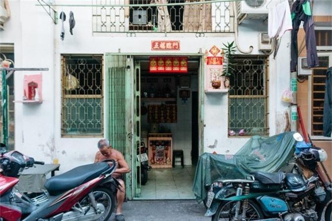 Con hem 100 tuoi o Sai Gon quyen ru dac biet tren bao Tay-Hinh-2
