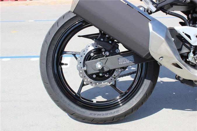 Kawasaki Ninja 400 ABS 2019 gia 153 trieu o Viet Nam co gi dac biet? hinh anh 14