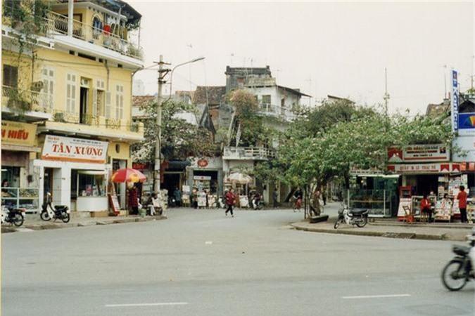 Loat anh gay xuc dong ve Viet Nam nam 1997-Hinh-4