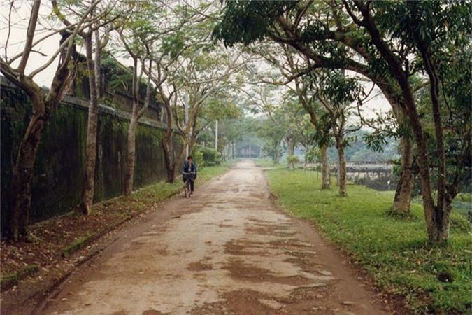 Loat anh gay xuc dong ve Viet Nam nam 1997-Hinh-8
