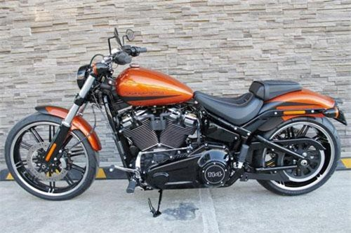 1. Harley-Davidson Breakout 114 2019.