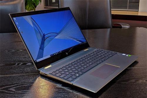 2. HP Spectre x360 13 inch 2019 (giá từ 1.210 USD).