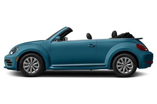 4. Volkswagen Beetle S Convertible 2019 (giá khởi điểm: 25.440 USD).