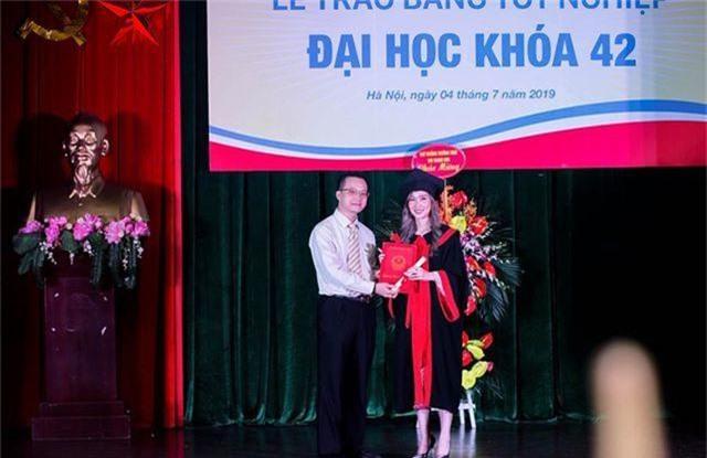 """""""Bông hồng"""" Lào gốc Việt xinh đẹp trong lễ tốt nghiệp tại Học viện Ngoại giao - 3"""