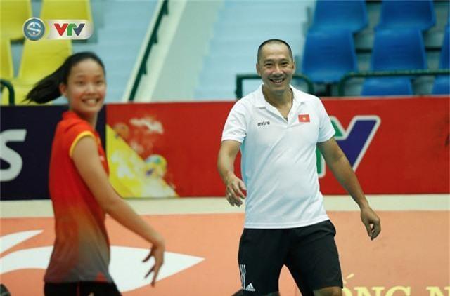 VTV Cup 2019: Buổi tập tràn đầy tiếng cười của ĐT bóng chuyền nữ Việt Nam - Ảnh 10.