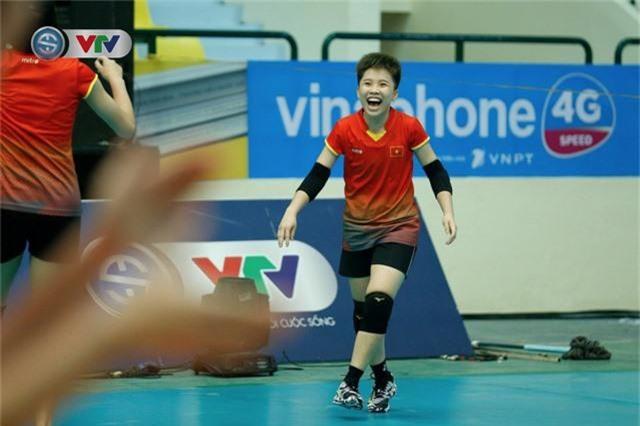 VTV Cup 2019: Buổi tập tràn đầy tiếng cười của ĐT bóng chuyền nữ Việt Nam - Ảnh 1.