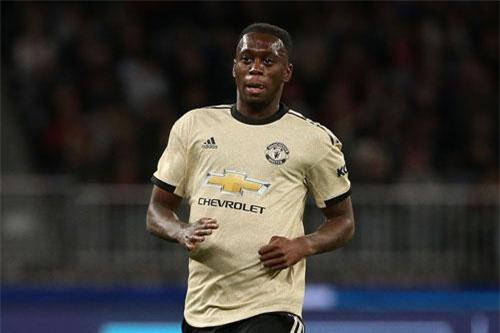 6. Aaron Wan-Bissaka (Crystal Palace tới M.U, 55 triệu euro).
