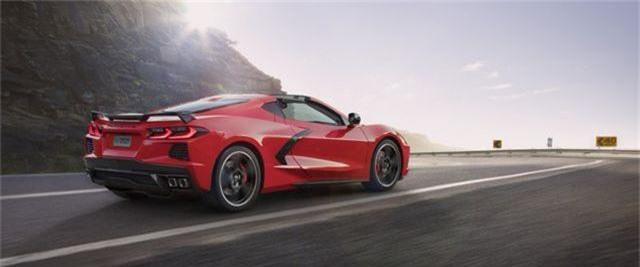 Cận cảnh siêu xe giá rẻ Corvette vừa ra mắt đã cháy hàng - 2