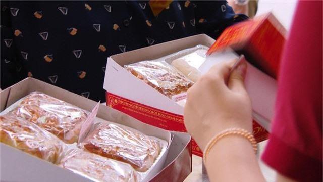 Thị trường bánh Trung thu vào mùa sớm - Ảnh 2.