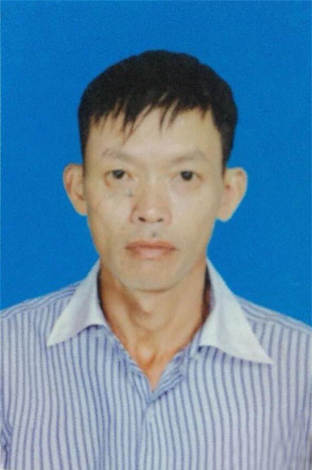 Nghi can Hoàng Văn Sắt tại cơ quan công an (ảnh Công an cung cấp).