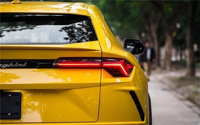 Dai gia Dang Le Nguyen Vu tau Lamborghini Urus 22 ty dong-Hinh-4