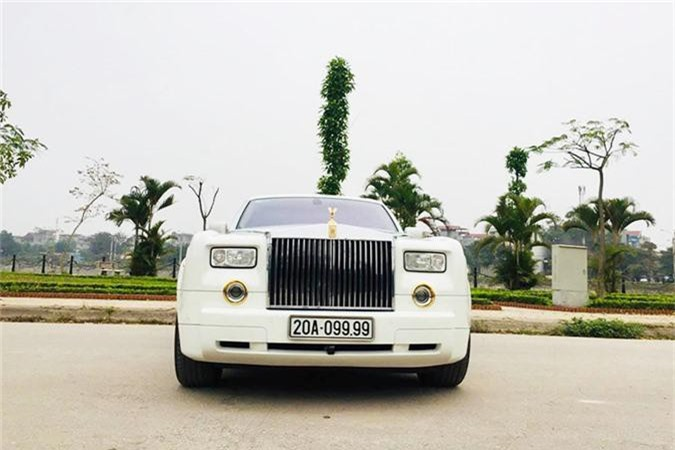 "Dai gia ban Rolls-Royce ""tu quy 9"" ma vang 15 ty-Hinh-3"