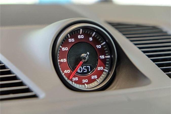 Porsche Cayenne Turbo moi hon 9 ty dong tai Viet Nam-Hinh-7