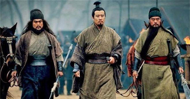 TV Show - Tam quốc diễn nghĩa: Đáp lại câu nói nổi tiếng của Tào Tháo, Lưu Bị cũng đưa ra quan điểm khiến hậu thế tâm phục (Hình 4).