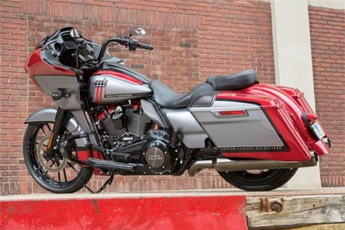 7. Harley-Davidson CVO Road Glide 2019 (giá: 42.339 USD).