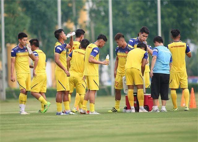 HLV Park Hang Seo nhận tin không vui ở U22 Việt Nam - 11
