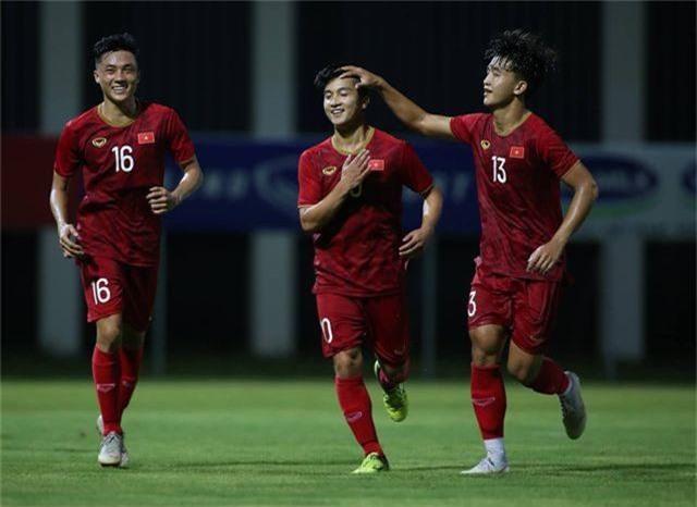 Martin Lo ghi bàn, U22 Việt Nam thắng dễ Kitchee - 6