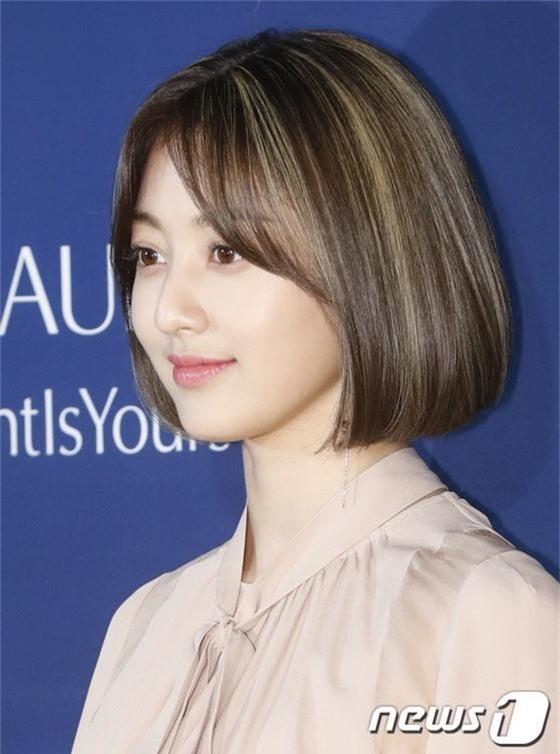 Sự kiện siêu sang quy tụ dàn mỹ nhân: Jihyo lần đầu lộ diện hậu hẹn hò Kang Daniel, bị cả Tzuyu và Sulli làm lu mờ - Ảnh 5.