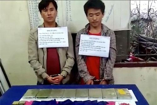 Thanh Hóa: Bắt 2 đối tượng vận chuyển lượng lớn ma túy qua biên giới
