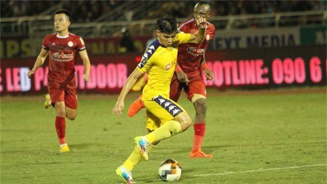 Vòng 21 V-League: Nóng bỏng cuộc chiến giành quyền trụ hạng - 1
