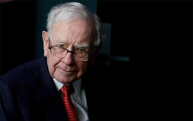 Tập đoàn của Warren Buffet rót hơn 1 tỷ USD vào cổ phiếu Amazon