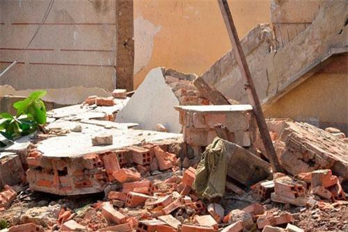 Phú Thọ: Tường nhà đổ sập bất ngờ, hai anh em ruột gặp nạn thương tâm