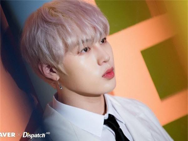 30 idol nam Kpop hot nhất hiện nay: 2 ông hoàng BTS - EXO bao thầu top đầu, bất ngờ hơn là nam thần sừng sững ở giữa - Ảnh 8.