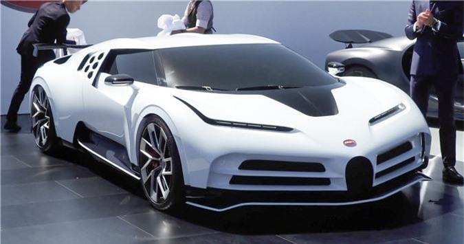 Bugatti Centodieci 2020.
