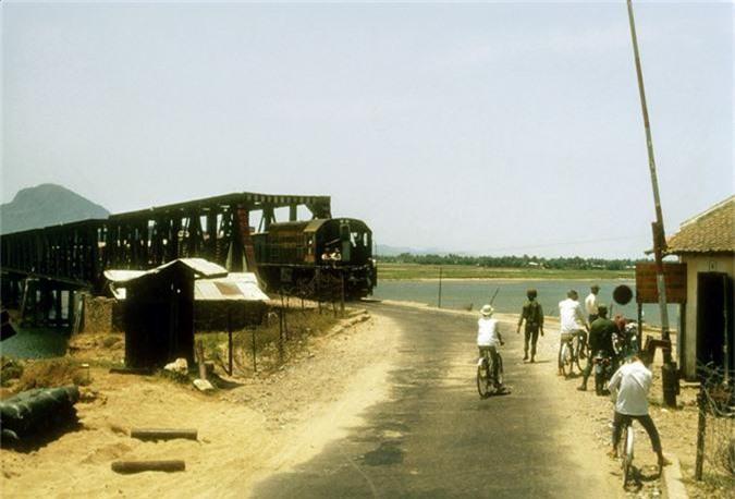 Thi xa Tuy Hoa nam 1970 qua anh cua linh My-Hinh-6