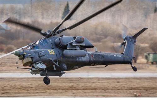 Quá trình xây dựng sân bay trực thăng mới trên đảo Gogland được phía Nga thực hiện trong khuôn khổ một cuộc tập trận chiến thuật. Ảnh: TASS.