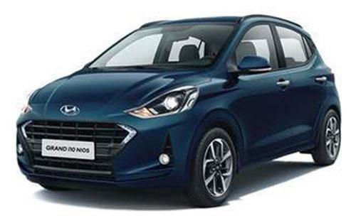 """XE HOT (17/8): Những ôtô giảm giá mạnh trong tháng 8, Huyndai sắp ra mắt xe """"siêu rẻ"""""""