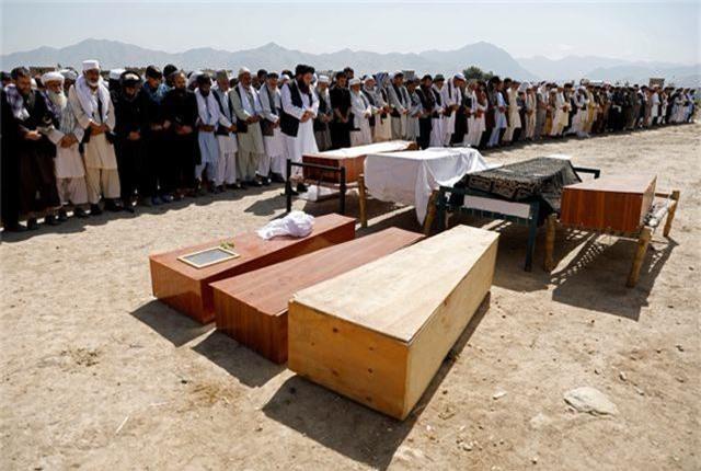 Đánh bom kinh hoàng giữa đám cưới gồm 1.200 khách, 63 người thiệt mạng - 5