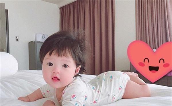Lâu lâu mới lên sóng, con gái Hoa hậu Đặng Thu Thảo khiến dân mạng được phen ngỡ ngàng vì lớn nhanh như thổi-7