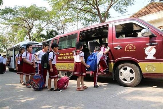 Tăng cường bảo đảm an toàn cho học sinh sử dụng dịch vụ đưa đón bằng xe ô tô