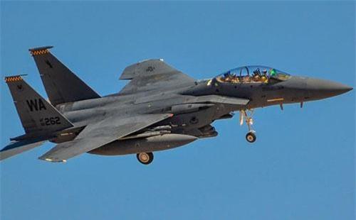 Vì sao F-15 vẫn được trọng dụng khi Mỹ đã có F-35