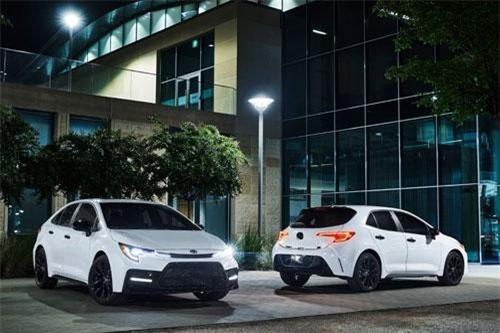Toyota Corolla Altis 2020 có thêm bản bóng đêm tuyệt đẹp, giá hơn 517 triệu đồng