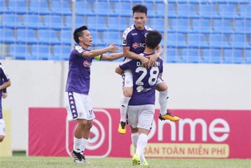 CLIP: Quang Hải lọt top 5 bàn thắng đẹp nhất vòng 21 V.League 2019