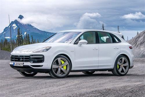 SUV Porsche mạnh 670 mã lực, giá gần 4 tỷ đồng