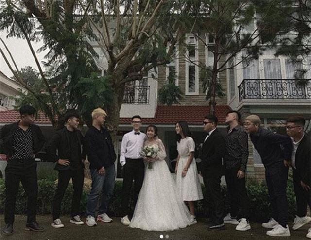 Joyce Phạm - ái nữ của đại gia ngành nhựa khoe nhẫn kim cương và váy cưới - 2