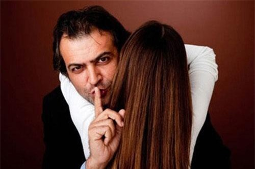 Những câu nói dối 'để đời' của đàn ông, phụ nữ đựng dại mà tin, nhất là lời cuối