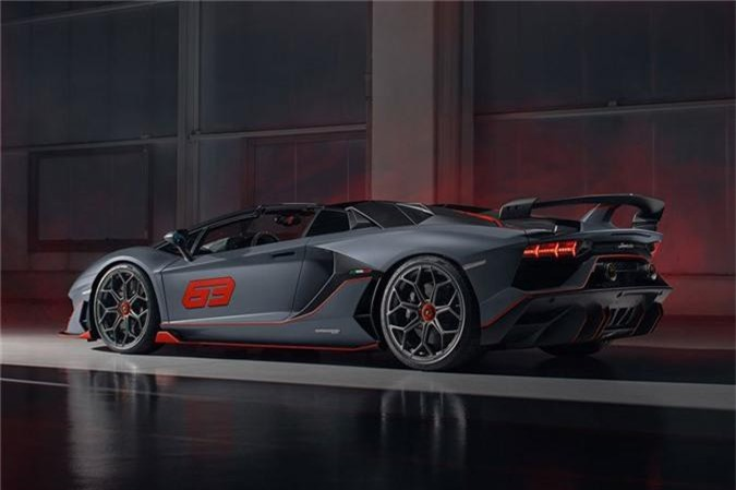Vi sao 63 sieu xe Lamborghini vua ra mat da 'chay hang'? hinh anh 2