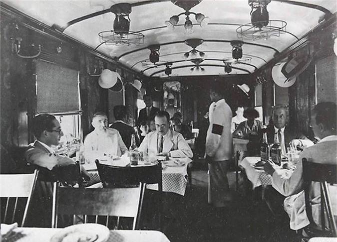 Toa ăn uống trên xe lửa xuyên Việt do người Pháp tổ chức (năm 1921-1935).