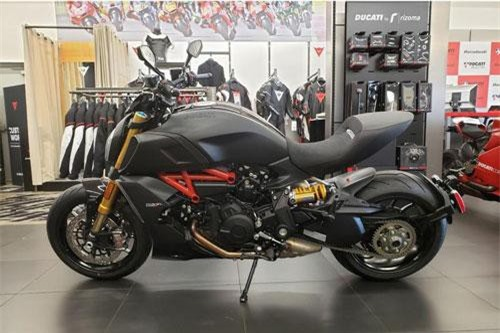 10. Ducati Diavel 1260 S Trilling Black & Dark Stealth 2019.