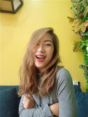"Hot girl deo nieng rang nhung hut nam nhan khoi ban voi body ""cang det""-Hinh-5"