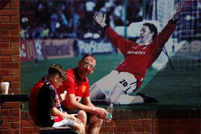 Những khoảnh khắc trong trận thua tệ hại của Man Utd trước Crystal Palace - 1