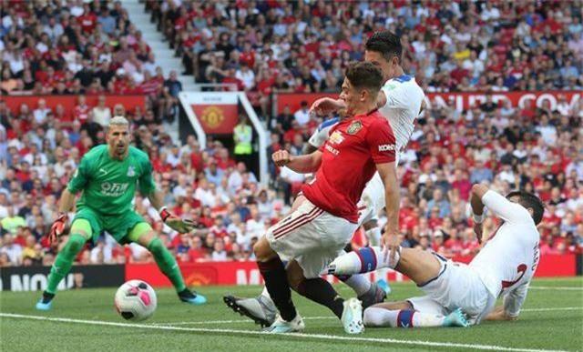 Những khoảnh khắc trong trận thua tệ hại của Man Utd trước Crystal Palace - 14