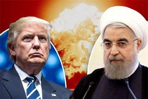 Tướng quân sự cấp cao của Iran vừa đưa ra lời cảnh báo giữa lúc căng thẳng với Mỹ đồng thời hé lộ về sự xuất hiện của 2 loại vũ khí bí mật đáng sợ. Ảnh minh hoạ