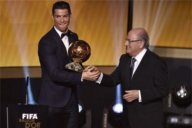 ronaldo, messi, messi và ronaldo, real madrid, chủ tịch fifia, quả bóng vàng, sepp blatter