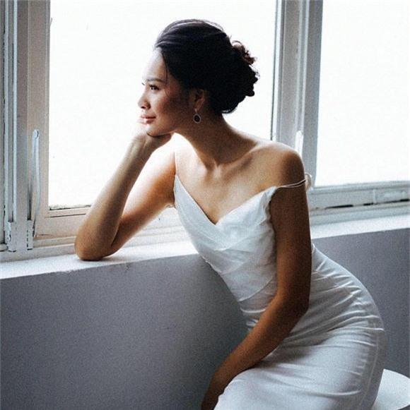 Lý do Vy Oanh lấy chồng đại gia vẫn 'làm việc còng lưng'